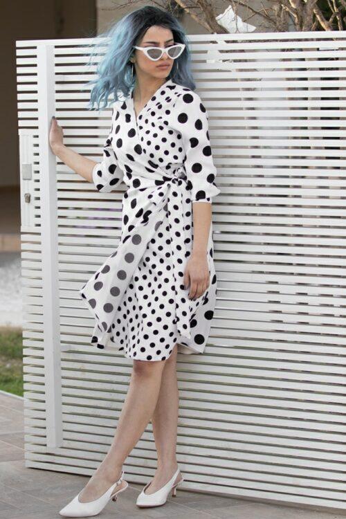 שמלת מעטפת נקודות שחור לבן